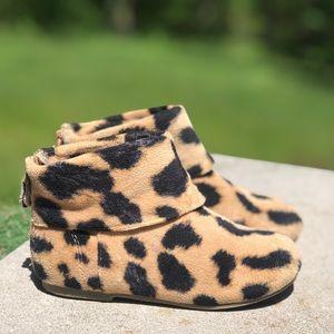 Toddler Girls Baby Gap Zip-Up Leopard Booties🔥